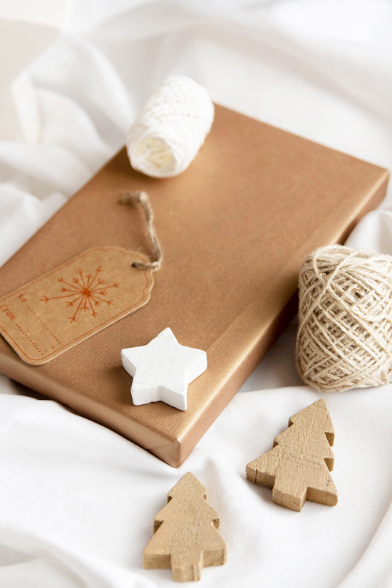 weihnachtsgeschenke verpackungsideen mit fimo magnoliaelectric. Black Bedroom Furniture Sets. Home Design Ideas