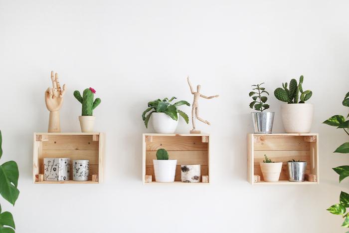 Holzboxen An Der Wand